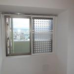 個人宅 道路の騒音対策用窓への設置